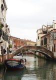 Kanalen en brug-iii-Venetië-Italië Royalty-vrije Stock Afbeeldingen