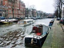 Kanalen van Amsterdam, Holland, Nederland royalty-vrije stock foto