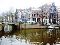 Kanalen van Amsterdam, Holland, Nederland stock foto