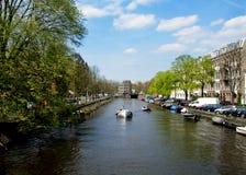 Kanaler av Amsterdam i Nederländerna Royaltyfria Bilder