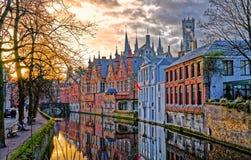 Kanaler av Bruges, Belgien Arkivfoto