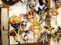 Kanaler för Venedig karnevalferie Royaltyfri Foto