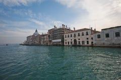 Kanaler och gator av Venedig Arkivfoton