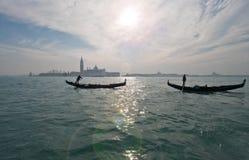 Kanaler och gator av Venedig Arkivfoto