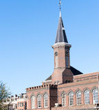 Kanaler och historiska byggnader i Amsterdam Typiska Amsterdam Royaltyfri Bild