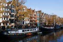 Kanalerna av Amsterdam arkivfoton
