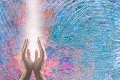Kanalisera kvanten som läker energi för att lugna den turbulenta atmosfären Royaltyfria Foton