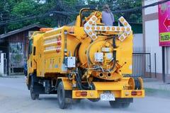 Kanalizacyjny czyści ciężarówkę Obraz Royalty Free