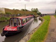 Kanallastkahn festgemacht nahe Blackburn Stockbild