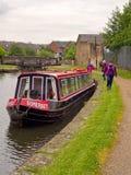 Kanalpråm som förtöjas nära Blackburn Royaltyfria Foton
