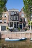 Kanalseitenhaus Amsterdam Holland Stockbild