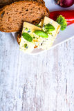 Kanapka z Roquefort serem i ciemnym chlebem Fotografia Stock