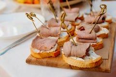 Kanapki z wołowiny mięsem Zdjęcia Stock