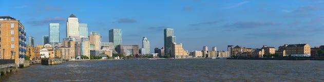 kanariefågelengland Europa london uk hamnplats Arkivbilder