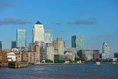 kanariefågelengland Europa london uk hamnplats Arkivfoton