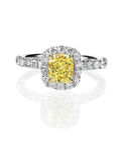 Kanarowego koloru żółtego diamentu pierścionek zaręczynowy Obrazy Royalty Free
