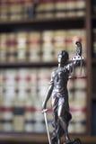 Kancelarii prawnej legalna statua Themis Obraz Royalty Free