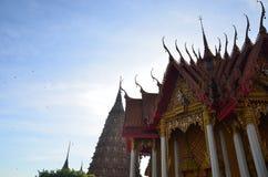Kanchanaburi sua tham Wat стоковое фото