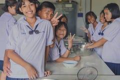 KANCHANABURI TAILANDIA - 21 GIUGNO: Confede non identificato degli studenti Fotografie Stock