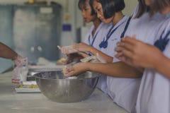KANCHANABURI TAILANDIA - 21 GIUGNO: Confede non identificato degli studenti Immagine Stock Libera da Diritti