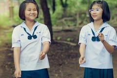 KANCHANABURI TAILANDIA - 5 OTTOBRE: Studenti non identificati e f immagine stock libera da diritti