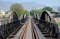 Kanchanaburi, Thailand: Brücke auf Fluss Kwai Lizenzfreies Stockfoto