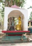 Kanchanaburi, Thailand 19,2018 Februari: Tempel Wat Trai Rattana Stock Afbeeldingen
