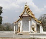 Kanchanaburi, Thailand 19,2018 Februari: Tempel Wat Trai Rattana Stock Afbeelding