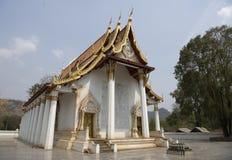 Kanchanaburi, Thailand 19,2018 Februari: Tempel Wat Trai Rattana Stock Foto's