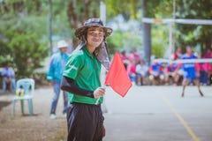 KANCHANABURI THAILAND - 3. OKTOBER: Nicht identifizierte Volleyballlinien lizenzfreies stockfoto
