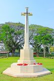 Cross At Kanchanaburi War Cemetery, Kanchanaburi, Thailand. Kanchanaburi War Cemetery is the main prisoner of war cemetery for victims of Japanese imprisonment stock images