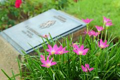 KANCHANABURI WAR CEMETERY Royalty Free Stock Photos