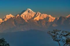 Kanchenjunga pasmo górskie, Himalajska góra w tle, Sikkim fotografia stock