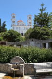 KANDANOS, CRETA - 23 DE MAYO DE 2014: La iglesia principal de Kandanos en la parte occidental de Creta Fotos de archivo