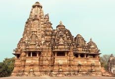 Kandariya Mahadeva寺庙,克久拉霍复合体的结构  印度 免版税库存照片