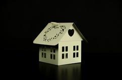 Kandelaar wit huis Stock Foto's