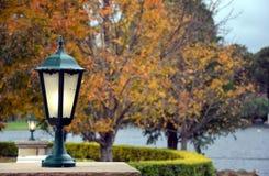 Kandelabry w ogródzie Zdjęcie Royalty Free