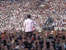 Kandidaten für Kampagne Präsidenten Joko Widodo vor Hunderten von den Tausenden Anhängern an GBK Senayan lizenzfreies stockfoto