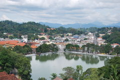 Kandy lake and the city centre Royalty Free Stock Photography