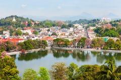 Kandy sjö och stad Fotografering för Bildbyråer