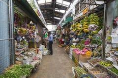KANDY SRI LANKA - DECEMBER 01: , 2016: Olika grönsaker i veg Fotografering för Bildbyråer