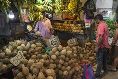 KANDY SRI LANKA - DECEMBER 01: , 2016: Olika grönsaker i veg Royaltyfri Foto