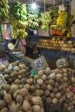 KANDY SRI LANKA - DECEMBER 01: , 2016: Olika grönsaker i veg Royaltyfri Bild