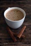 Kaneelkoffie stock foto's