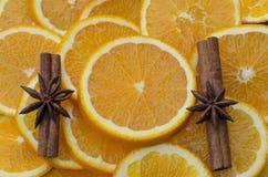kanel och apelsiner royaltyfria bilder