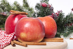 kanelbruna äpplen Arkivbilder