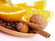 kanelbruna citronapelsiner Arkivbild