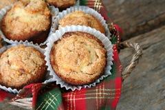 kanelbruna muffiner Arkivfoto