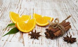 kanelbruna orange sticks Royaltyfria Foton