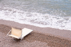 Kanfaschaisevardagsrum som lämnas av havet fotografering för bildbyråer